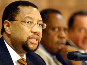 Phuthuma Nhleko will keep leading MTN until Shuter can take over but plans to step down as non-executive chairman within two-and-a-half years.