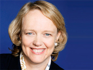 HP CEO Meg Whitman says she expects revenue to stabilise in 2014.