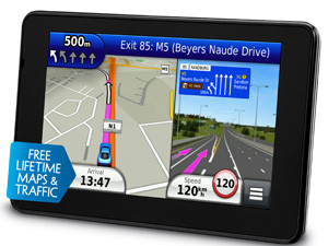 """The Garmin n""""uvi 3590 LMT boasts an impressive display, voice-prompted navigation and helpful applications to make travelling a dream."""