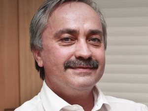 Hendrik Bezuidenhout, Managing Executive at Q-KON.