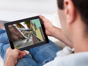The genre that attracts the most players today is social/casual games on tablets, says Juniper Research.
