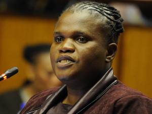 Minister Faith Muthambi failed to impress yet again, receiving an F on the DA's Cabinet report card.