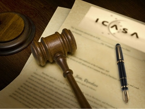 ICASA and minister Siyabonga Cwele are gearing up for a legal battle around the issue of spectrum allocation.