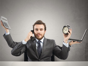 The vast majority of today's professionals spend part of their workday multitasking, says Accenture.