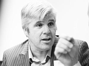Matthew Blewett, Business Connexion