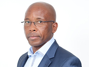"""A scenario where mobile operators will not get more spectrum and must hand back what they have is """"untenable and unacceptable"""", says MTN SA CEO Mteto Nyati."""