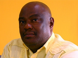 The DTPS did not renew Zami Nkosi's contract as CEO of the Universal Service and Access Agency of SA.
