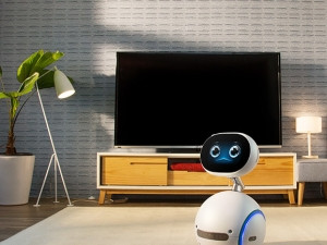 Asus's small, simply-built household robot offers a wide array of features in addition to smart home control.