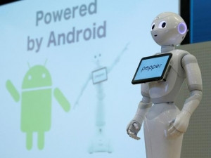 Pepper the robot can already laugh and serve coffee.
