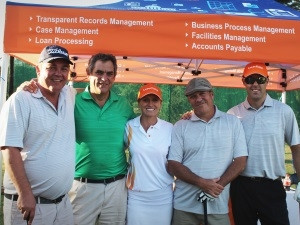 From left: Ben Sheppard, MD of Noscotek; Ian Lellyett; Tandi von Ruben, SA Woman's Open 2009 golf champ; Ricky Pilz, Sales Director of Noscotek; and Sheldon Halgreen, Solutions Director of Noscotek.