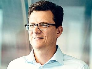 New MTN group president and CEO Rob Shuter has experience in banking and telecoms.