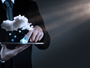 Public cloud data centres and on-premises private cloud environments will drive growth in cloud IT infrastructure spending this year, says the IDC.