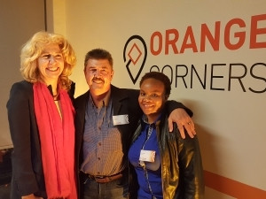 Etienne Louw, TomTom South Africa's Managing Director (centre) with Marisa Gerards, Ambassador of the Kingdom of the Netherlands (left) and Keeleng Saane, one of Orange Corners' young entrepreneurs (right).