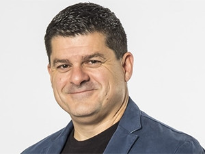Huge Group needed R123.75 million to fund the cash portion of its Connectnet Broadband Wireless acquisition, says CEO James Herbst.
