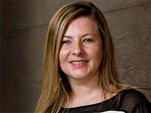 The online portal provides electricians with practical business tools, says Schneider Electric's Zanelle Dalglish.