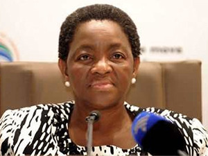 Minister Bathabile Dlamini and SASSA will submit documents answering to the future of social grants payments.