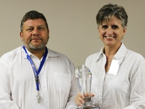 Jacques Wessels CEO FlowCentric Technologies and Mada Hauptfleisch from BCX accepting New Partner of the Year Award 2016.