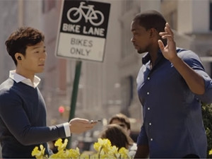 Bragi lets users hear real-time translations through the iTranslate app.