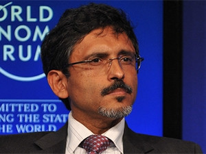 Minister Ebrahim Patel says he wants to promote a data-driven economy and address high data costs in SA. (Photo source: WEF)