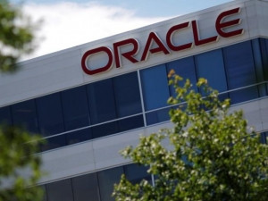 Oracle expects revenue to grow between 4% and 6% in the current quarter.