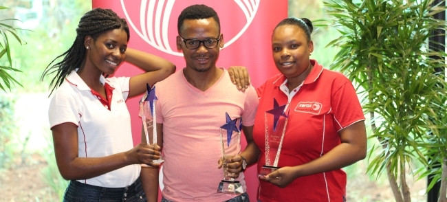 Quarterly award winners for period: Jun'17 - Aug'17, from left: Sinethemba Phakathi (Inbound Client Contact Centre); Thulani Ngcobo (Incident Management); Maria Mokgoetsi (MPS Monitoring).