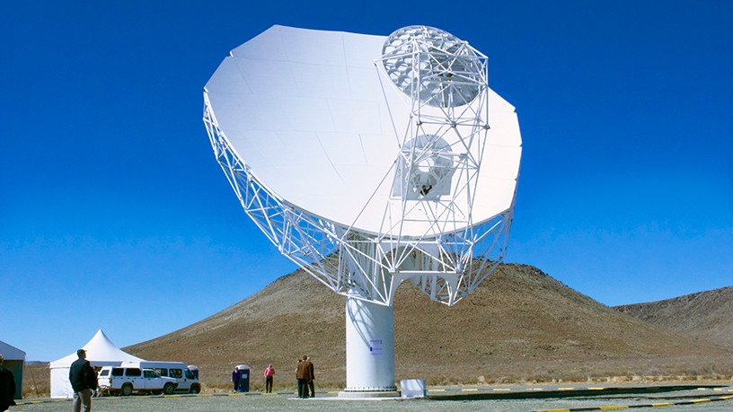 The MeerKAT radio telescope is the precursor of the Square Kilometre Array. [Photo: SKA South Africa]