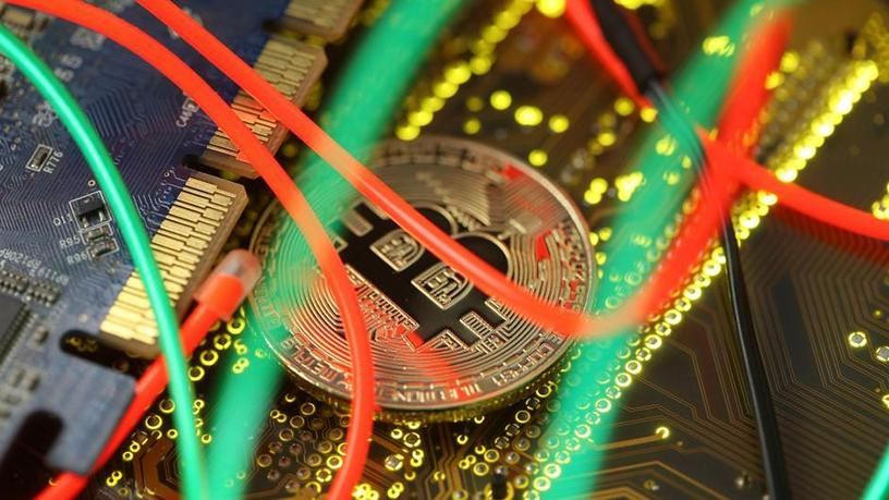 Bitcoin payments processing is witnessing a slow but steady decline.
