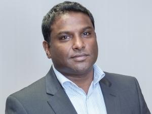 Vino Govender, Acting Chief Strategy Officer, Dark Fibre Africa.