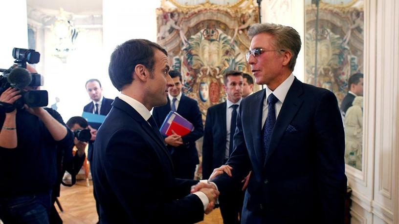 French president Emmanuel Macron with Bill McDermott, CEO of SAP.